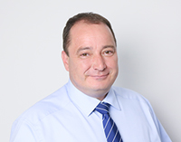 Dr. Thomas Straeten
